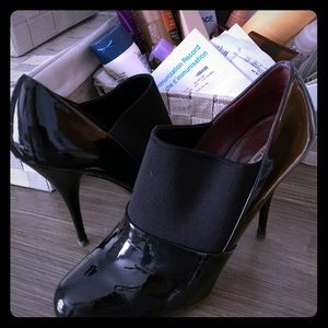 Miu miu Shoes!! Hardly been worn size 40/9(10)